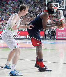 09.09.2014, City Arena, Barcelona, ESP, FIBA WM, Slowenien vs USA, im Bild Slovenia's Goran Dragic (l) and USA's James Harden // during FIBA Basketball World Cup Spain 2014 match between Slovenia and USA at the City Arena in Barcelona, Spain on 2014/09/09. EXPA Pictures © 2014, PhotoCredit: EXPA/ Alterphotos/ Acero<br /> <br /> *****ATTENTION - OUT of ESP, SUI*****
