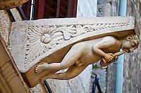 Croatie, Dalmatie, côte dalmate, île de Korcula, ville de Korcula, décoration d'une ancienne demeure // Croatia, Dalmatia, Korcula island, Korcula city, decoration of a old house