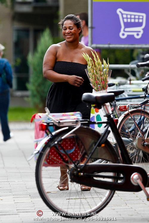 NLD/Bilthoven/20100729 - Mocienne Petit Jackson, die beweert een dochter te zijn van Michael Jackson en Barbara Ross