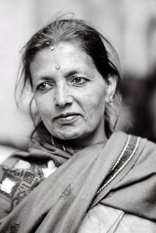 Portrait de Femme Népalaise. Dakshin Kali, Népal. 2008