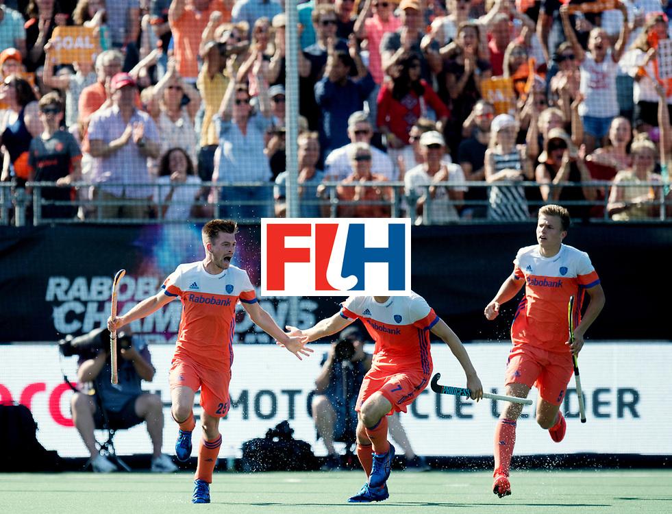 BREDA - Rabobank Hockey Champions Trophy<br /> The Netherlands - India<br /> Photo: Thierry Brinkman celebrating the equaliser w/ Jorrit Croon and Thijs van Dam.<br /> COPYRIGHT WORLDSPORTPICS FRANK UIJLENBROEK