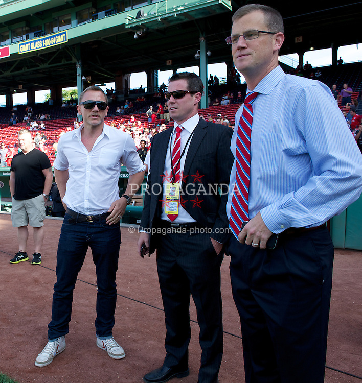 BOSTON, MA - Wednesday, July 25, 2012: Liverpool supporter and James Bond actor Daniel Craig, with the club's new commercial head Billy Hogan (centre) before a pre-season friendly match at Fenway Park, home of the Boston Red Sox, the second match of the Reds' North American tour. (Pic by David Rawcliffe/Propaganda)