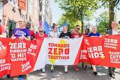 AIDS2018 - Mabel loopt mee in protestmars tegen aids