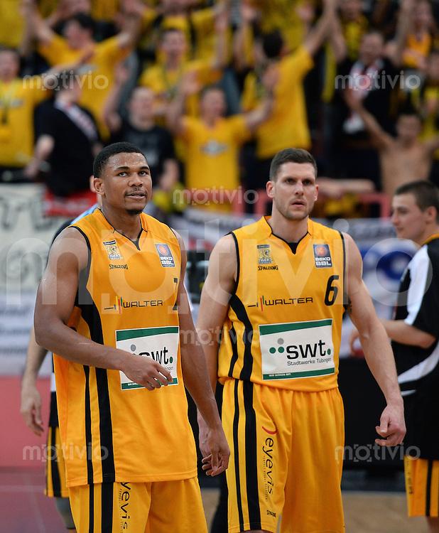 Basketball 1. Bundesliga  2013/2014 Walter Tigers Tuebingen - ratiopharm Ulm      01.03.2014 Enttaeuschung Walter Tigers; Tyrone Nash (li) und Nils Mittmann