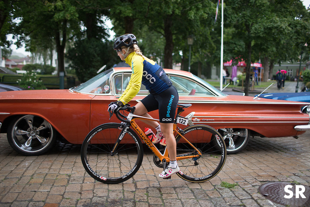 Emmy Thelberg (SWE) of Team Sweden rides past one of the many American old timer cars that were present at the start of the 76,1 km first stage of the 2016 Ladies' Tour of Norway women's road cycling race on August 12, 2016 between Halden and Fredrikstad, Norway. (Photo by Balint Hamvas/Velofocus)