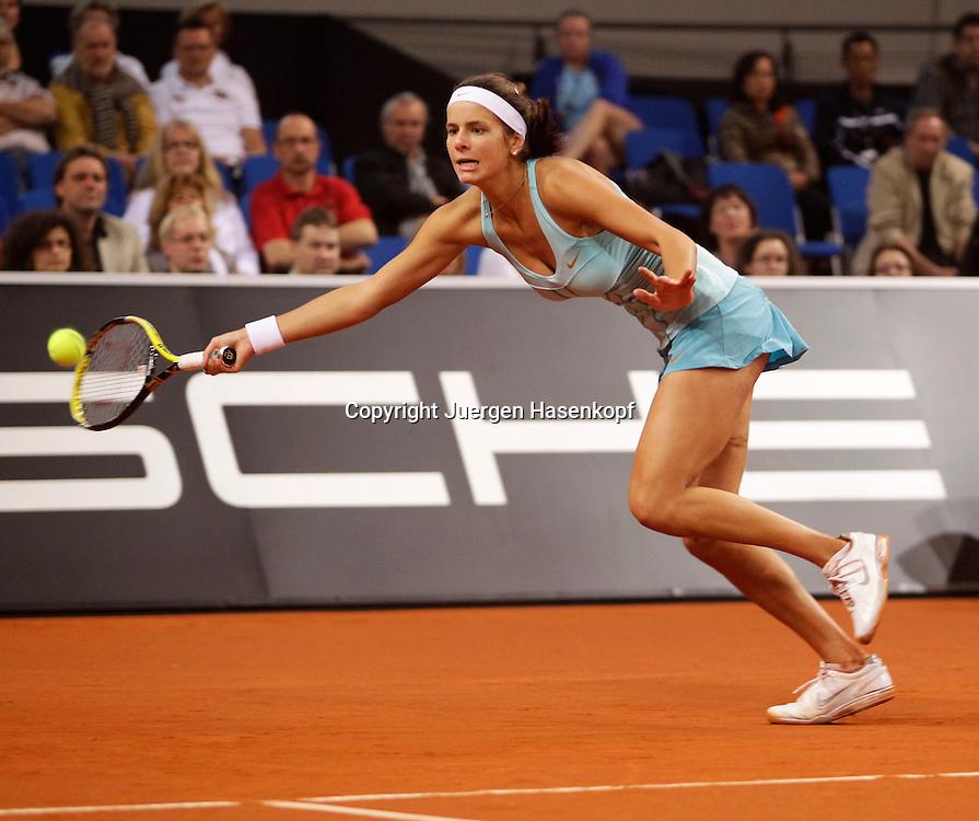 Porsche Cup 2011 in Stuttgart, internationales WTA Damen Tennis Turnier, Porsche Arena, Julia Goerges (GER)
