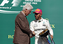 October 22, 2017 - Austin, United States of America - Motorsports: FIA Formula One World Championship 2017, Grand Prix of United States, ..Bill Clinton (Former President of the USA), #44 Lewis Hamilton (GBR, Mercedes AMG Petronas F1 Team) (Credit Image: © Hoch Zwei via ZUMA Wire)