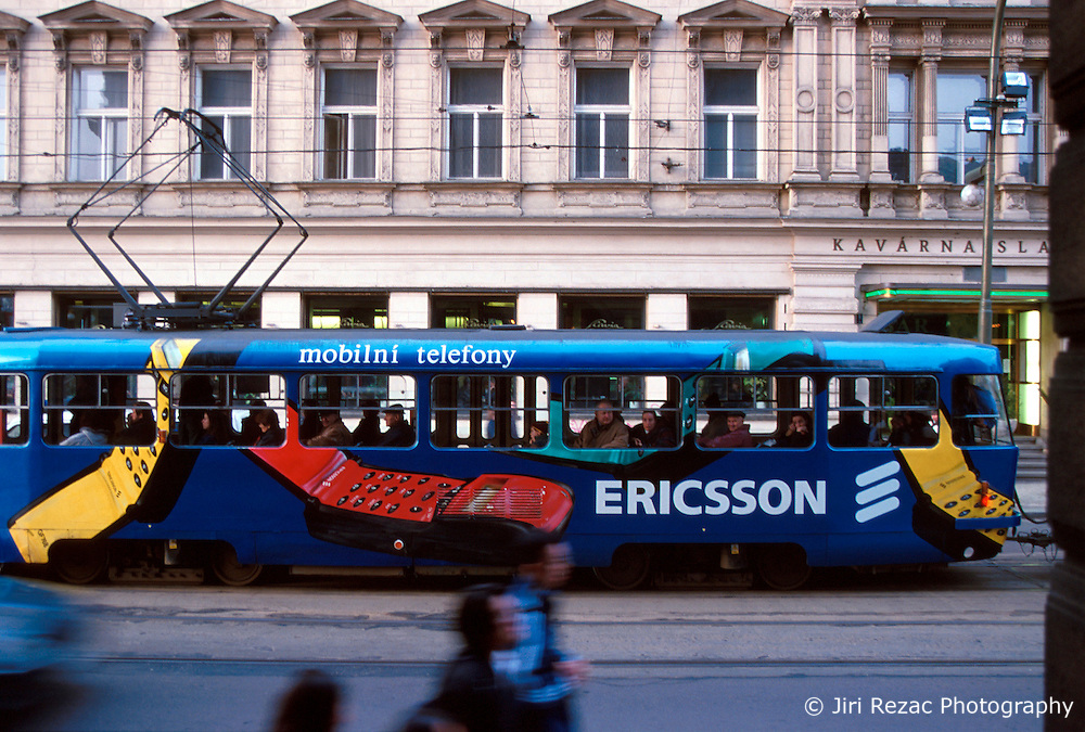 CZECH REPUBLIC BOHEMIA PRAGUE FEB00 - A tram painted with the Ericsson mobile phone manufacturer's logo passes through the centre of Prague. jre/Photo by Jiri Rezac. . © Jiri Rezac 2000. . Tel:   +44 (0) 7050 110 417. Email: info@jirirezac.com. Web:   www.jirirezac.com