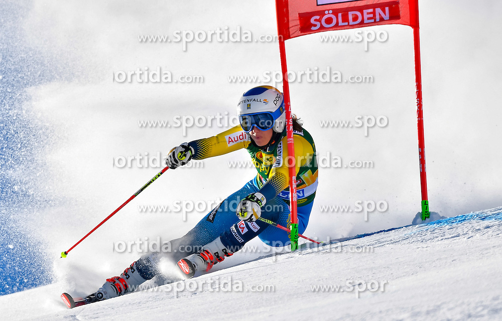 22.10.2016, Rettenbachferner, Soelden, AUT, FIS Weltcup Ski Alpin, Soelden, Riesenslalom, Damen, 1. Durchgang, im Bild Maria Pietilae-Holmner (SWE) // Maria Pietilae-Holmner of Sweden in action during 1st run of ladies Giant Slalom of the FIS Ski Alpine Worldcup opening at the Rettenbachferner in Soelden, Austria on 2016/10/22. EXPA Pictures &copy; 2016, PhotoCredit: EXPA/ Nisse Schmid<br /> <br /> *****ATTENTION - OUT of SWE*****
