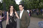Kyle McLachlan Serpentine Summer Gala. 28 June 2001. © Copyright Photograph by Dafydd Jones 66 Stockwell Park Rd. London SW9 0DA Tel 020 7733 0108 www.dafjones.com