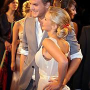 NLD/Amsterdam/200801010 - Premiere Sunset Boulevard, Jim Bakkum en parner bettina Holwerda