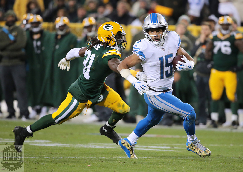 Green Bay Packers cornerback Davon House (31) chases after Detroit Lions wide receiver Golden Tate (15) on a 4th quarter reception. <br /> The Green Bay Packers hosted the Detroit Lions at Lambeau Field Monday, Nov. 6, 2017. STEVE APPS FOR THE STATE JOURNAL.