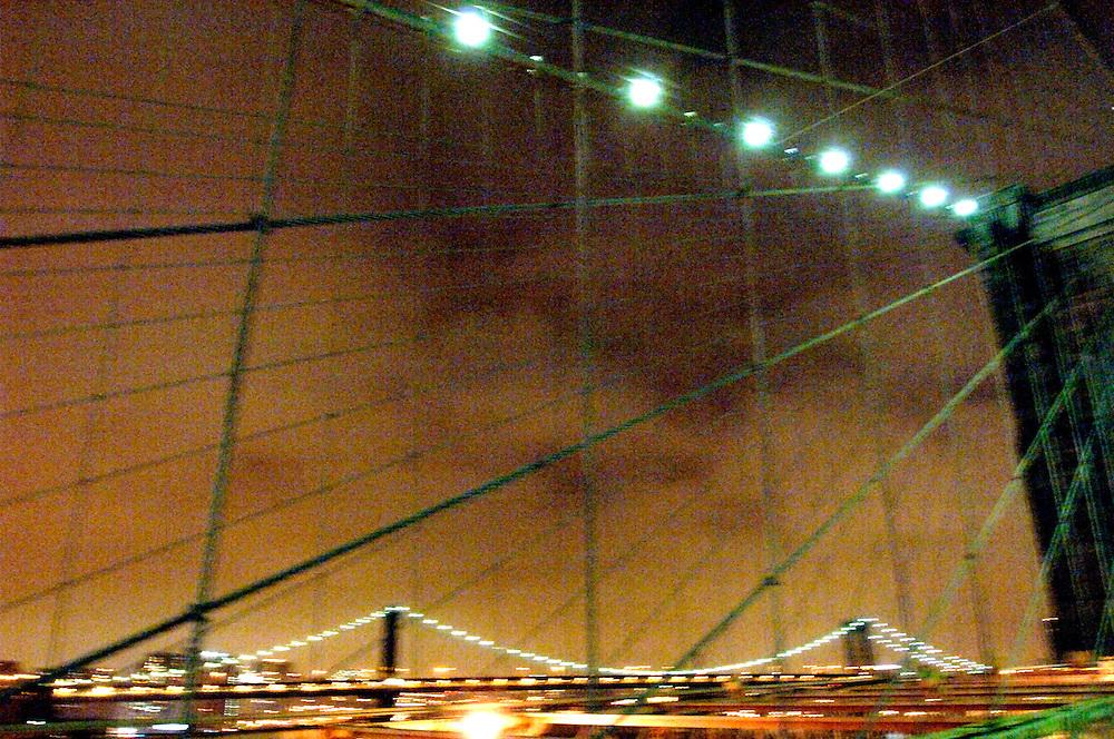 USA New York Manhattan Brooklyn Bridge Manhattan Bridge East River aus der Serie Night Vision Nacht Nachtaufnahme