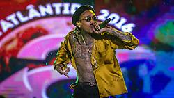 O rapper americano Wiz Khalifa se apresenta no palco Atlântida durante a 20ª edição do Planeta Atlântida, que ocorre nos dias 29 e 30 de janeiro, na SABA, na praia de Atlântida, no Litoral Norte gaúcho.  Foto: Pedro H. Tesch / Agência Preview