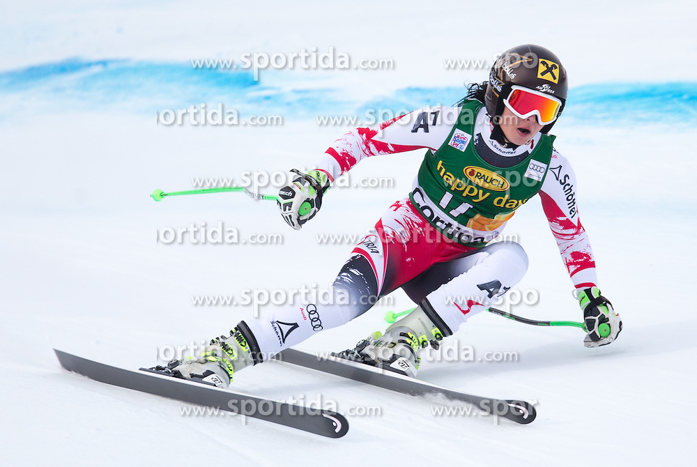 19.01.2015, Olympia delle Tofane, Cortina d Ampezzo, ITA, FIS Weltcup Ski Alpin, Super G, Damen, im Bild Anna Fenninger (AUT, 2. Platz) // 2nd placed Anna Fenninger of Austria in action during the ladies SuperG of the Cortina FIS Ski Alpine World Cup at the Olympia delle Tofane course in Cortina d Ampezzo, Italy on 2015/01/19. EXPA Pictures © 2015, PhotoCredit: EXPA/ Johann Groder