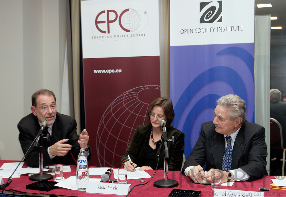 BRUSSELS - BELGIUM - 20 NOVEMBER 2006 -- From left Javier SOLANA, EU High Representative for Common Foreign and Security Policy, Jacki DAVIS, Head of Communications, European Policy Centre, and George SOROS, author of The Age of Fallibility, at the EPC -OSI Policy Dialogue, Europe as a model for a global open society?   PHOTO: ERIK LUNTANG /