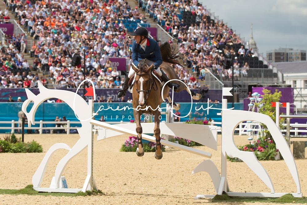 Delestre Simon (FRA) - Napoli du Ry<br /> Olympic Games London 2012<br /> © Dirk Caremans