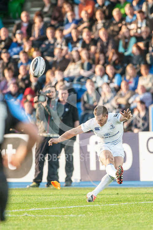 Leinster fly half Jimmy Gopperth kicks a touchline conversion. Action from the Pro12 opening round match between Glasgow Warriors and Leinster at Scotstoun in Glasgow, 6 September 2014. The match was a re-run of last season's Pro 12 Final. (c) Paul J Roberts / Sportpix.org.uk