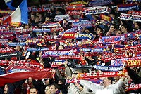 Fotball , 6. desember 2005 , Champions League , Lyon - Rosenborg  2-1, illustrasjon , tilskuere Lyon , fan , fans , supporter , supportere , skjerf