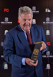 CARDIFF, WALES - Thursday, March 21, 2019: John Toshack with his Lifetime Achievement award during the Football Association of Wales Awards 2019 at the Hensol Castle. (Pic by David Rawcliffe/Propaganda)