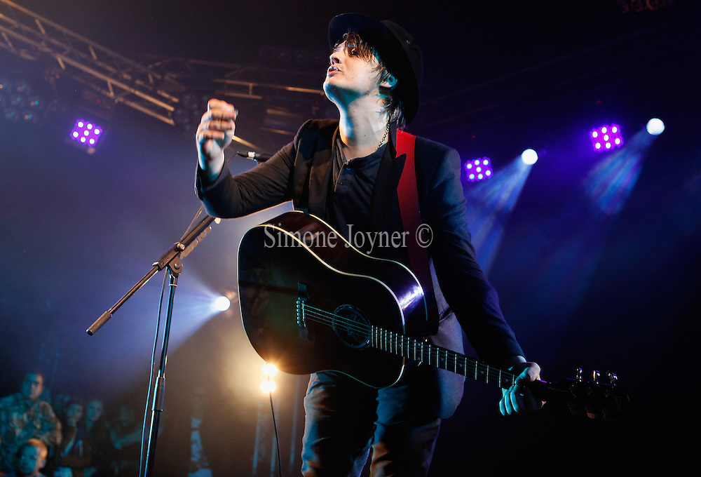 READING, ENGLAND - AUGUST 28:  Pete Doherty performs live on the Festival Republic Stage during day three of Reading Festival 2011 on August 28, 2011 in Reading, England.  (Photo by Simone Joyner)