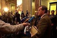 26 NOV 2003, BERLIN/GERMANY:<br /> Wilhelm Schmidt, SPD 1. Parl. Geschaeftsfuehrer, gibt ein Pressestatement, nach der Sitzung des Vermittlungsauschusses zwischen Bundestag und Bundesrat, Bundesrat<br /> IMAGE: 20031126-01-013<br /> KEYWORDS: Mikrofon, microphone, Pressekonferenz, Journalist, Journalisten