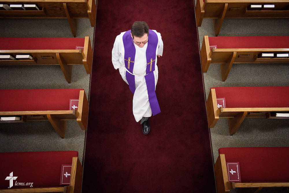 The Rev. Mark Nierman, pastor of Mount Olive Lutheran Church, walks to the narthex following evening Lenten worship on Wednesday, March 2, 2016, in Loveland, Colo. LCMS Communications/Erik M. Lunsford