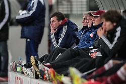 10.12.2011, easy Credit Stadion, Nuernberg, GER, 1.FBL, 1. FC Nürnberg/ Nuernberg vs TSG 1899 Hoffenheim, im Bild:Ratlose Gesichter bei Dieter Hecking (Trainer Headcoach Nuernberg) und seinen Kollegen. // during the Match GER, 1.FBL, 1. FC Nürnberg/ Nuernberg vs TSG 1899 Hoffenheim on 2011/12/10, easy Credit Stadion, Nuernberg, Germany..EXPA Pictures © 2011, PhotoCredit: EXPA/ nph/ Will..***** ATTENTION - OUT OF GER, CRO *****