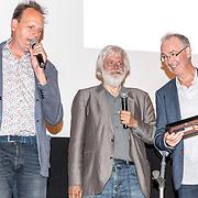 NLD/Amsterdam/20170616 - Uitreiking Nipkowschijf 2017, Vincent Bijlo en Hans Beerekamp, met de radiopresentator van Argos