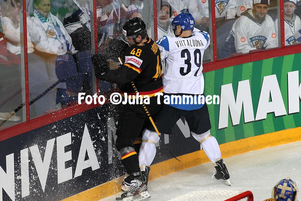 Frank Hördler (Germany) v Ville Viitaluoma (Finland)