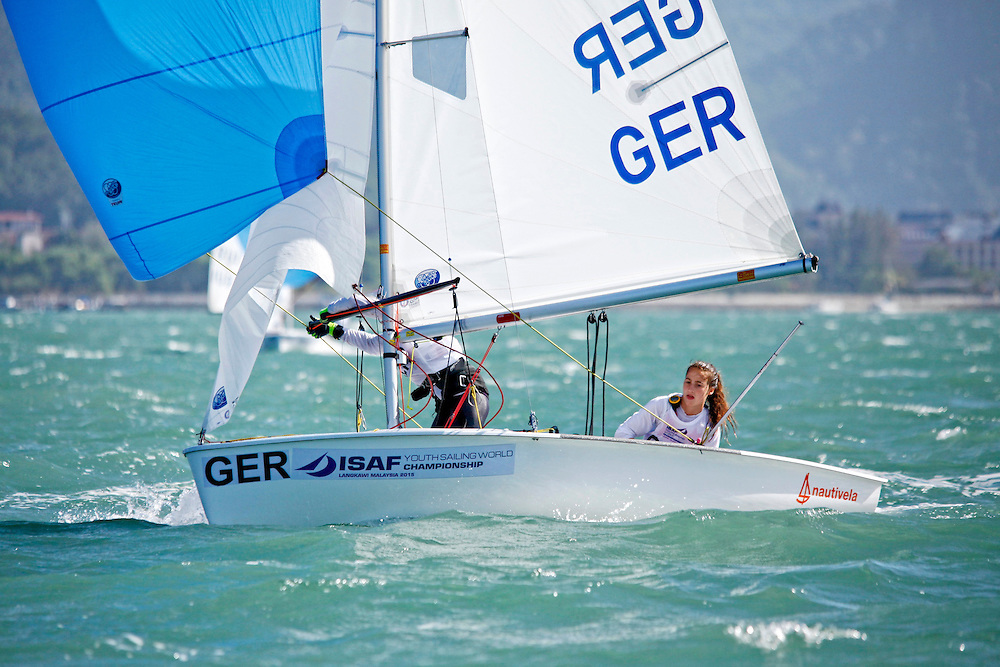 Germany	420	Women	Crew	GERTH34	Theresa	Heilingbrunner<br />