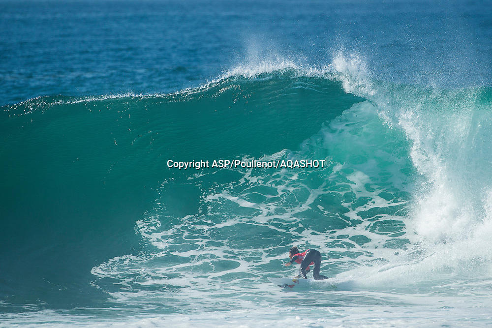 Kanoa Igarashi (USA)<br />  PLAYA DE RIBEIRA D&rsquo;ILHAS, Ericeira / Portugal (Sunday, October 26, 2014) - The second day of the Allianz ASP World Junior Championships unfolded in pumping 4-to-6-foot surf at the iconic Ribeira D&rsquo;Ilhas pointbreak in Ericeira and witnessed another action-filled exciting day.<br />  <br /> Semifinalists of the women&rsquo;s event were first decided in the morning before moving on to the opening round of the men&rsquo;s competition. The best under-20 surfers in the World took it to the water in pulsing powerful righthanders and raised the performance levels to new heights.<br />  <br /> Kanoa Igarashi (USA) placed second in his opening heat at the Allianz ASP World Junior Championships and will have to surf in the elimination round 2 when competition recommences.<br /> <br /> IMAGE CREDIT: ASP/Poullenot<br /> PHOTOGRAPHER CREDIT: Damien Poullenot