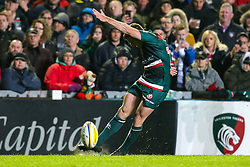 George Ford of Leicester Tigers kicks a conversion - Mandatory by-line: Robbie Stephenson/JMP - 27/04/2018 - RUGBY - Welford Road Stadium - Leicester, England - Leicester Tigers v Newcastle Falcons - Aviva Premiership
