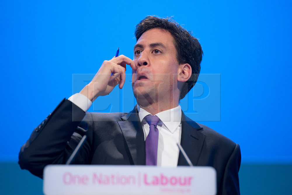 © London News Pictures. 25/09/2013 . Brighton, UK. Labour leader ED MILIBAND takes during a Q&A session on the last day of the  2013 Labour Party Conference at The Brighton Centre. Photo credit : Ben Cawthra/LNP