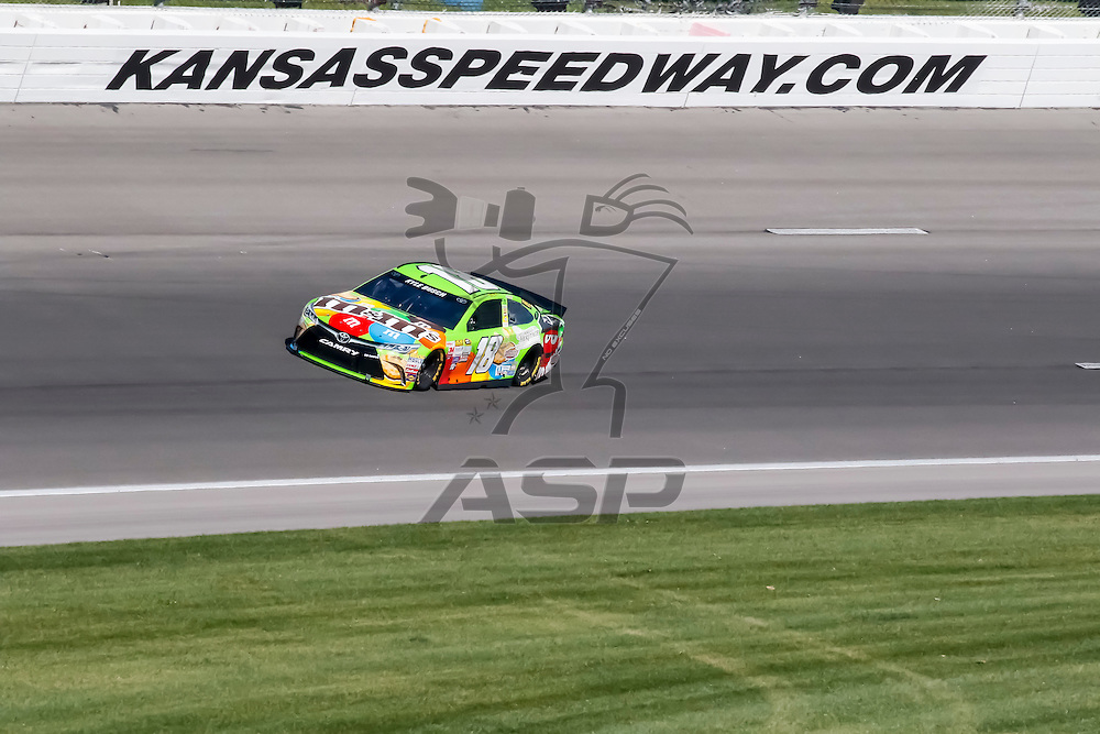 Kansas City, KS - Sep 16, 2015:  The NASCAR Sprint Cup Series teams take to the track for the NASCAR Test at Kansas Speedway in Kansas City, KS.