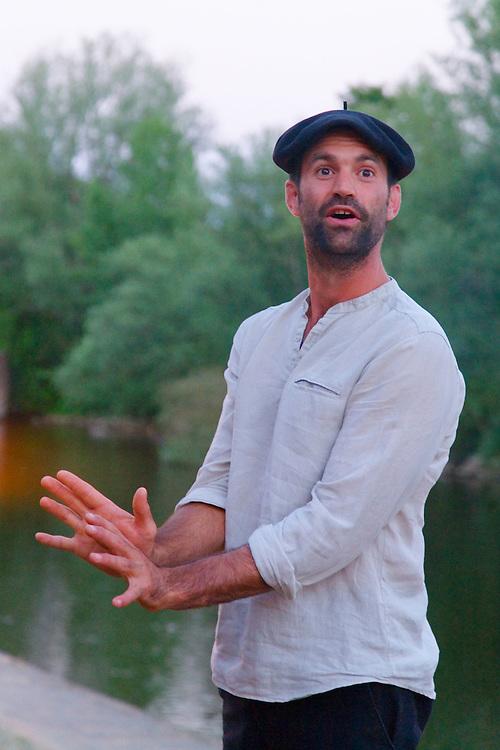 Le conteur, Clément Bouscarel