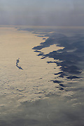 Über den Wolken. Ein FLug über die Alpen Richtung Kreta. © Romano P. Riedo   fototpunkt.ch