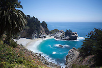 McWay Falls Scenic Overlook, Julia Pfeiffer Burns State Park, California