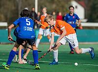 BLOEMENDAAL - Tim Holtz (Bldaal) tijdens de hoofdklasse competitiewedstrijd hockey jongens B , Bloemendaal JB1-Breda JB1 (3-2)  , COPYRIGHT KOEN SUYK