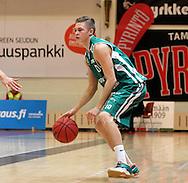 15.11.2014, Pyynikin palloiluhalli, Tampere.<br /> Korisliiga 2014-15, Tampereen Pyrintö - KTP-Basket, Kotka.<br /> Miki Kuusisto - KTP