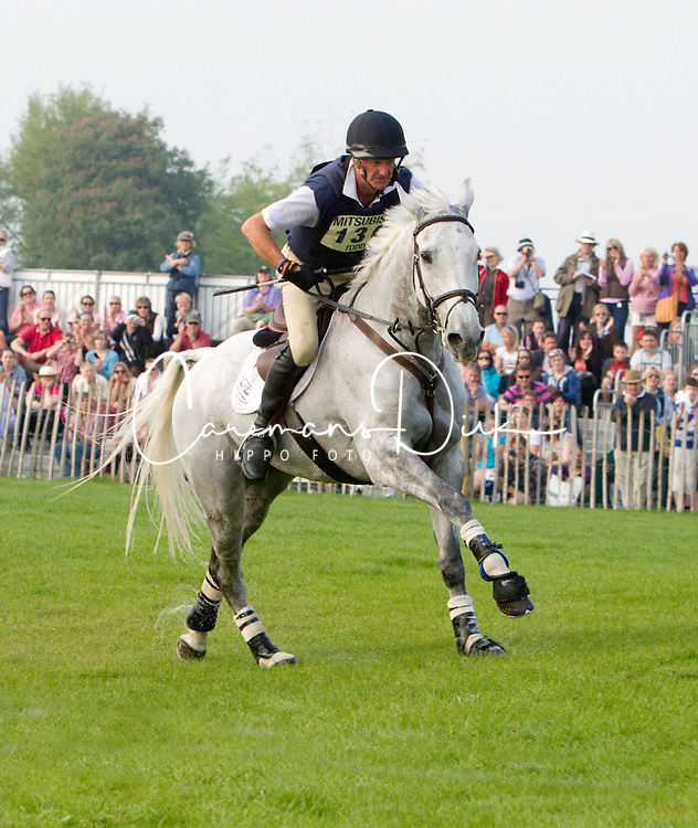 Todd Mark (GBR) - NZB Land Vision<br /> CIC4* Badminton 2011<br /> &copy; Hippo Foto - Cealy Tetly