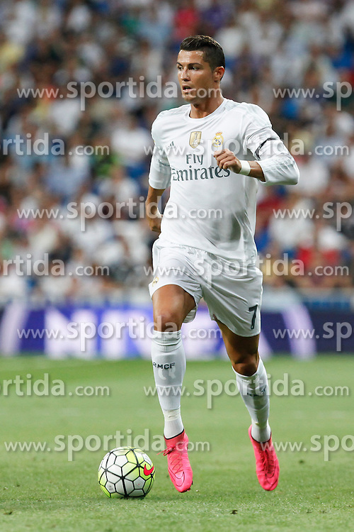 29.08.2015, Estadio Santiago Bernabeu, Madrid, ESP, Primera Division, Real Madrid vs Real Betis, 2. Runde, im Bild Real Madrid&acute;s Cristiano Ronaldo // during the Spanish Primera Division 2nd round match between Real Madrid and Real Betis at the Estadio Santiago Bernabeu in Madrid, Spain on 2015/08/29. EXPA Pictures &copy; 2015, PhotoCredit: EXPA/ Alterphotos/ Victor Blanco<br /> <br /> *****ATTENTION - OUT of ESP, SUI*****