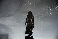 Turkey. Istambul.Kabatasdistrict. quartier de Kabatas,  ombres et reflets des passant§s sous la pluie