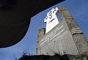 Belgie, Diksmuide, 4-9-2005..Het ijzermonument.  Vlaanderen, vlaams nationalisme, onafhankelijkheid, symbool , de grote oorlog. the great war, belgium, WW-1, monument. VVK, AVV..Foto: Flip Franssen/Hollandse Hoogte