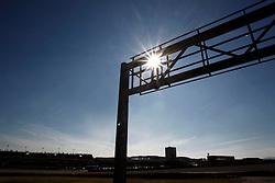 Motorsports / Formula 1: World Championship 2011, Test Valencia, Streckenfeature, Atmosphaere, Strecke, Sonne sun,