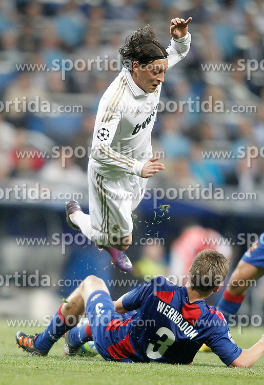 14.03.2012, Santiago Bernabeu Stadion, Madrid, ESP, UEFA CL, Achtelfinal-Rueckspiel, Real Madrid vs ZSKA Moskau, im Bild Real Madrid's Mesut Özil // during the UEFA Champions League round of 16 second leg Match between Real Madrid vs CSKA Moscow at the Estadio Santiago Bernabeu, Madrid, Spain on 2012/03/14. EXPA Pictures © 2012, PhotoCredit: EXPA/ Alterphotos/ Alvaro Hernandez..***** ATTENTION - OUT OF ESP and SUI *****