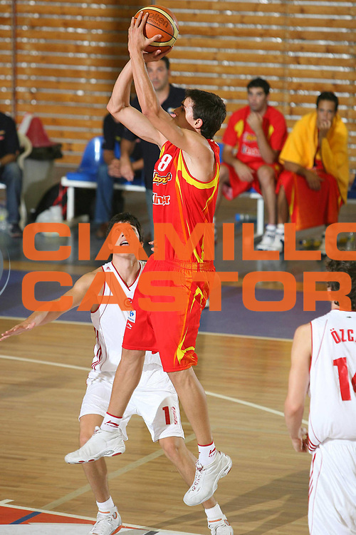 DESCRIZIONE : Amaliada Grecia Greece Campionati Europei Under 18 European Championship Under 18 UMCOR  Final 3-4 place Spain-Turkey<br /> GIOCATORE : Tomas<br /> SQUADRA : Spagna Spain Turchia Turkey<br /> EVENTO : Amaliada Grecia Campionati Europei Under 18 European Championship Under 18 UMCOR  Final 3-4 place Spain-Turkey<br /> GARA : Spagna Turchia Spain Turkey<br /> DATA : 27/07/2006 <br /> CATEGORIA :<br /> SPORT : Pallacanestro <br /> AUTORE : Agenzia Ciamillo-Castoria/E.Castoria<br /> Galleria : Fiba Europe 2006<br /> Fotonotizia : Amaliada Grecia Greece Campionati Europei Under 18 European Championship Under 18 UMCOR Final 3-4 place Spain-Turkey<br /> Predefinita :