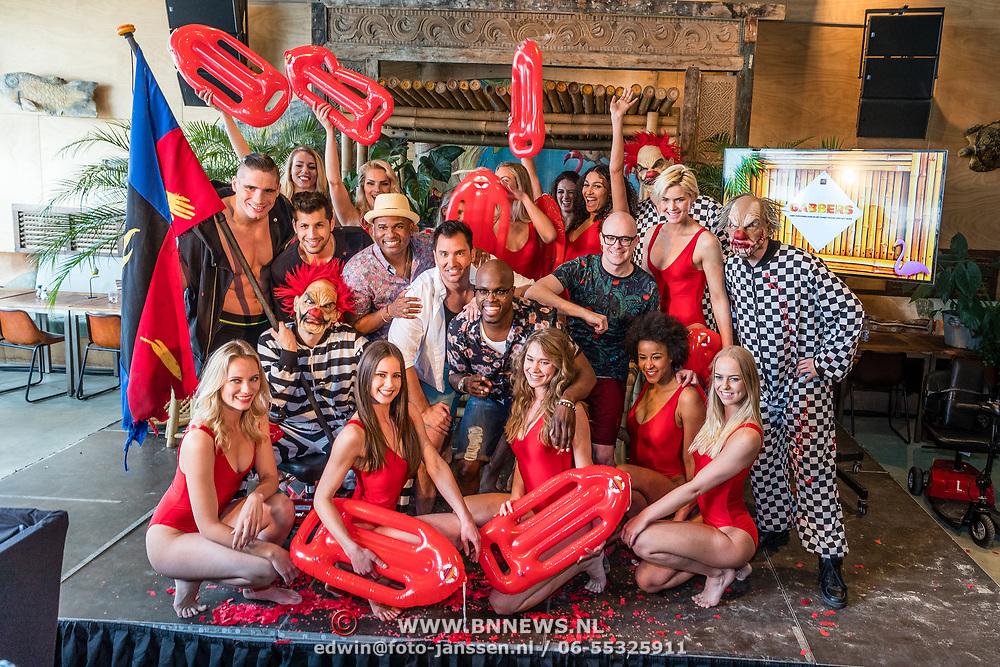 NLD/Overveen/20170330 - Gabbers presenteren nieuwe show, Jandino Asporaat, Guido Weijers, Roue Verveer en Philip Geubels met The Aston Brothers, Jody Bernal, Rico Verhoeven en enkele Baywatch modellen