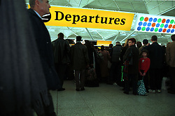 Stansted airport plane crash..Passenger's that have been delayed because of the cras, December 23, 1999. Photo by Andrew Parsons / i-images..