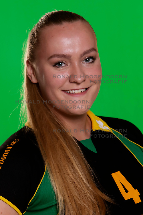 10-09-2018 NED: Team PDK Huizen season 2018-2019, Huizen<br /> The players of Top Division club vv Huizen women season 2018-2019 / Marleen Veldhuis #4 of PDK Huizen